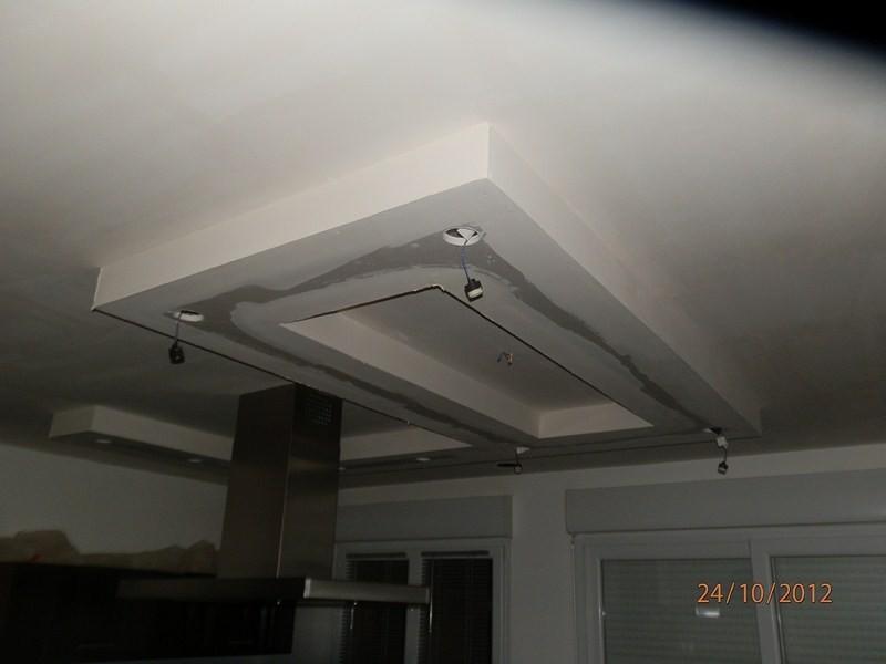 Plafond d coratif avec spots int gr s valenciennes r novation de domicile - Faux plafond avec spots integres ...
