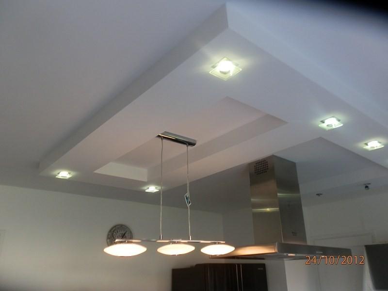plafond d coratif avec spots int gr s valenciennes r novation de domicile denain douai. Black Bedroom Furniture Sets. Home Design Ideas