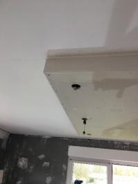 Plafond relief  avec spots intégrés à abscon