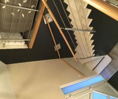 Peinture décoration cage escalier hall d'entrée porte intérieur escalier à Abscon